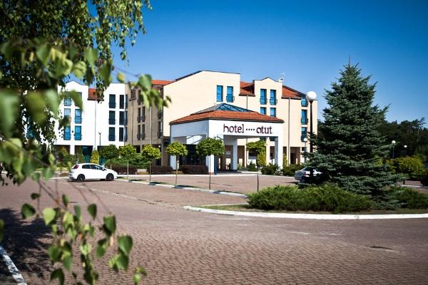 Hotel_Atut
